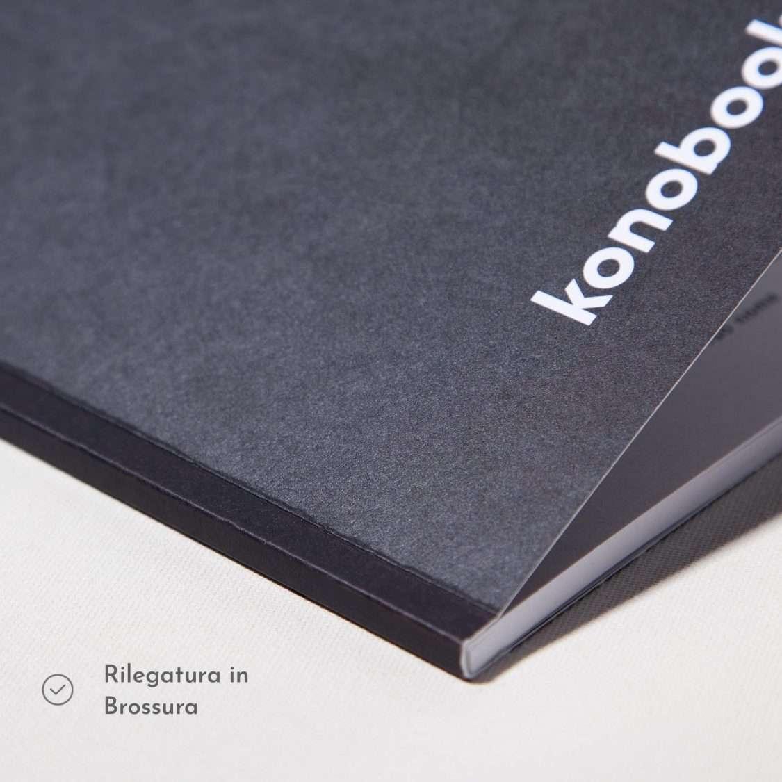 Quaderno nero rilegato in brossura Konobooks