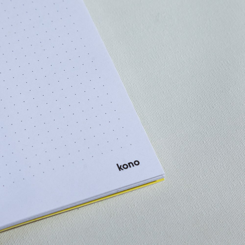 Notebook a5 a puntini in carta riciclata - Kono Books